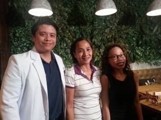 Flanked by Mediaxes Phils Dr Johann and Karla